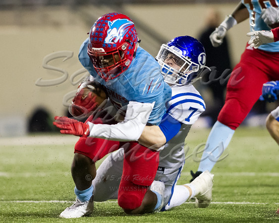 IMAGE: https://photos.smugmug.com/2017-High-School-Football/Decatur-vs-Wichita-Falls-Hirschi/i-R6NDn8q/1/facfdc61/M/2017_12_01_Decatur_vs_WichitaFallsHirschi_140213-M.jpg