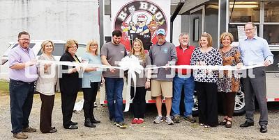B's BBQ Opens in Ellaville
