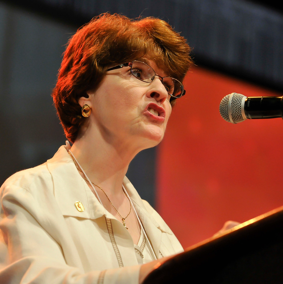 Jane Harper-Alport speaks at the Friday Plenary at the 2017 INUMC Annual Conference in Indianapolis.