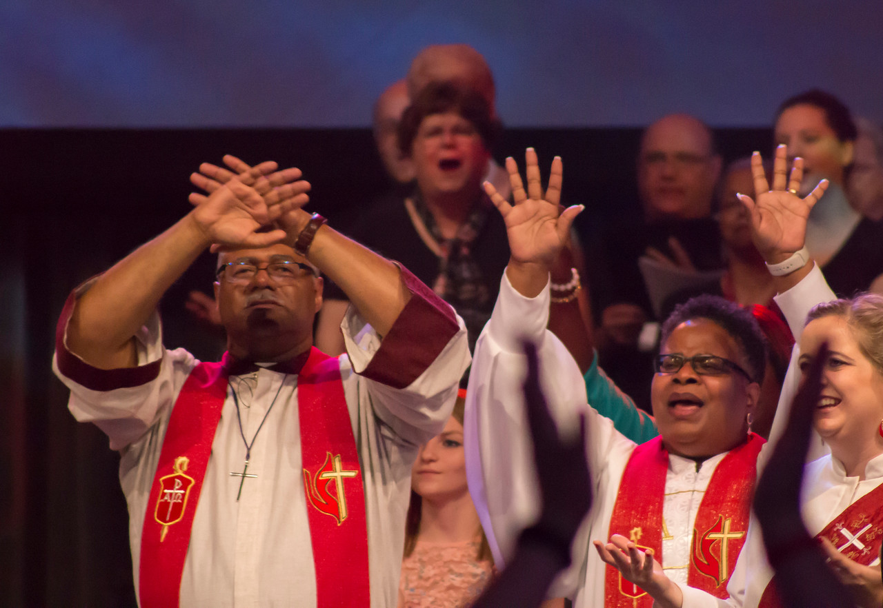 Bishop Julius C. Trimble (left) and Bishop LaTrelle Easterling at The Commissioning and Ordination Service at the 2017 INUMC Annual Conference in Indianapolis.