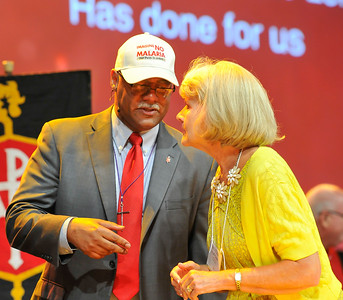 Bishop Julius C. Trimble confers wiht Becky Huff-Cook at the Friday Plenary at the 2017 INUMC Annual Conference in Indianapolis.