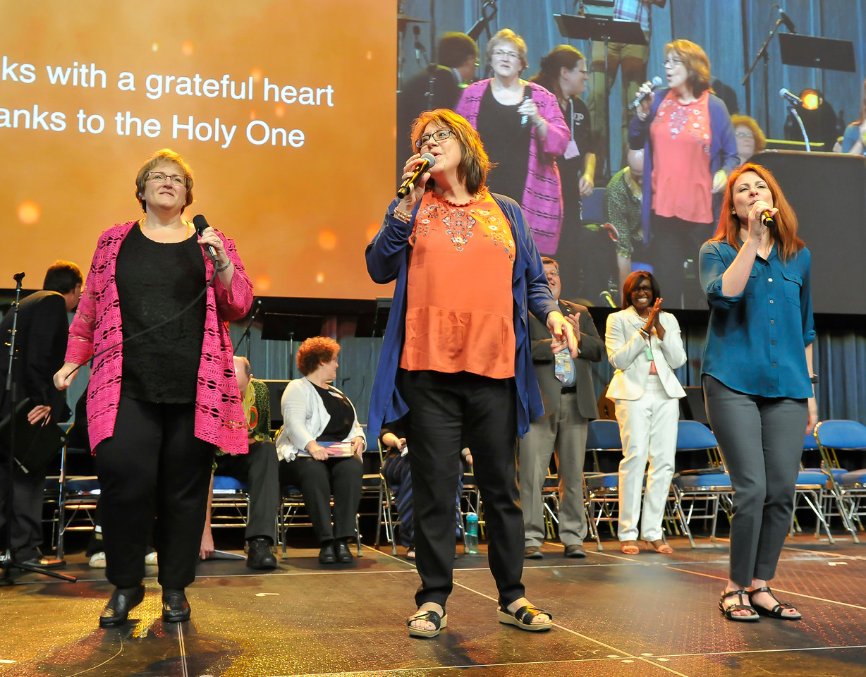 Singers perform at the Friday Plenary at the 2017 INUMC Annual Conference in Indianapolis.