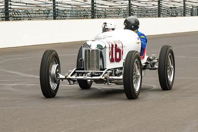 Vintage Indy Car #16