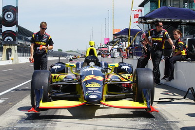 2017 Indy Practice Day in the pits.