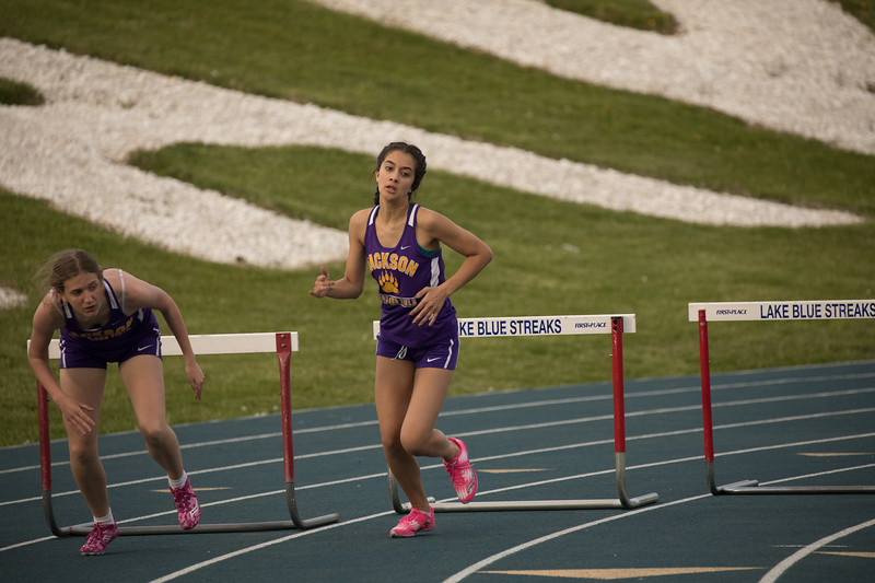 20170425-jhs_track-3853