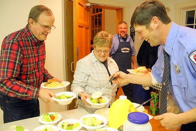 IMG_4054 phil and sue lewis choose between house or italian salad dressing, served by mike johnson at right