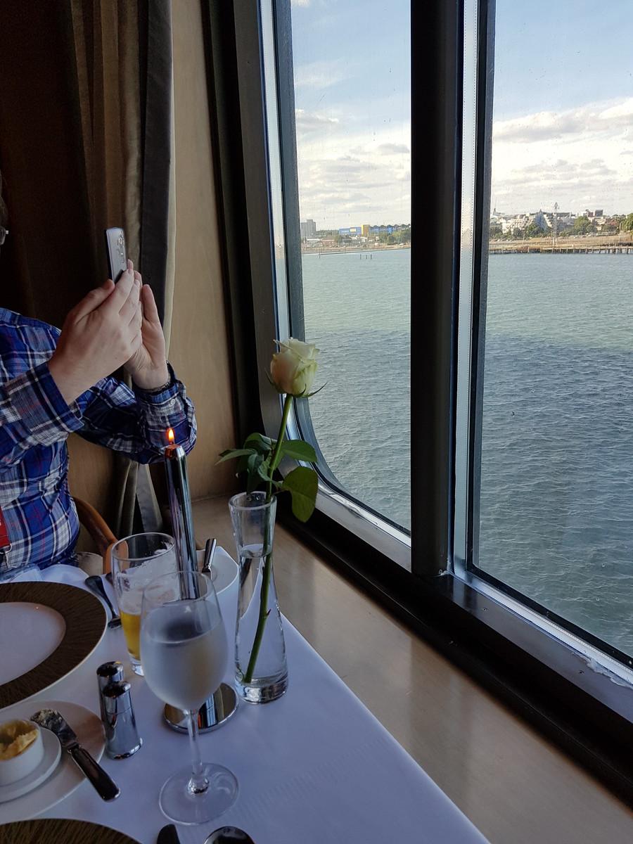 P&O Arcadia Ocean Grill Window