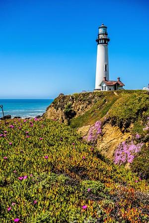 Lighthouse standing on big sure california coastline on pacific ocean