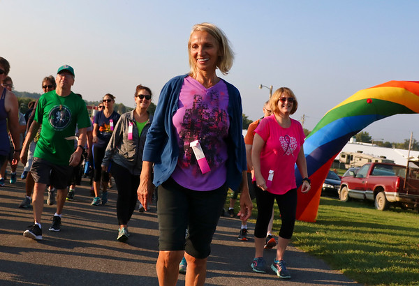 LEANDRA BEABOUT | THE GOSHEN NEWS<br /> Betty Thomas, Goshen, sets off on the Maple City Walk's 10k walk.