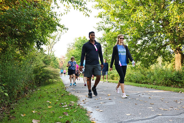 LEANDRA BEABOUT | THE GOSHEN NEWS<br /> Participants of the Maple City Walk enjoyed a sunny Saturday morning.