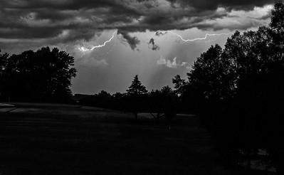 DA031,BW, Incoming Storm