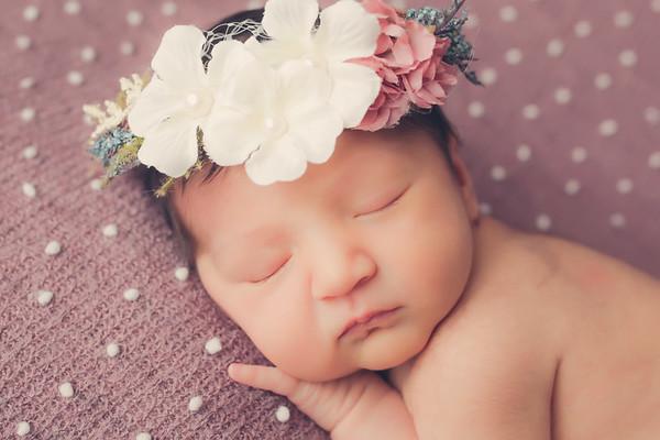 Paz Penelope Hicks Newborn