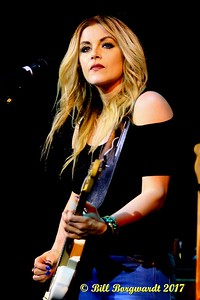 Lindsay Ell - Cook County 072