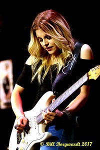 Lindsay Ell - Cook County 150