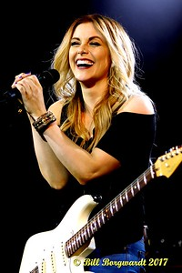 Lindsay Ell - Cook County 012