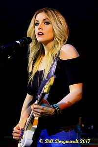 Lindsay Ell - Cook County 074