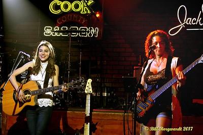 Hailey Benedict & Lisa Dodd - Cook County 062