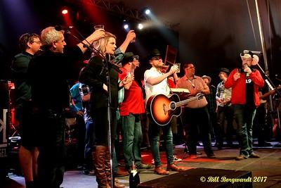 Birthday salute - Brett Kissel - Rainmaker Rodeo 2017 364