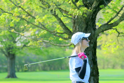 IMG_1900 lauren forgione watches her ball fly on 12th hole fairway