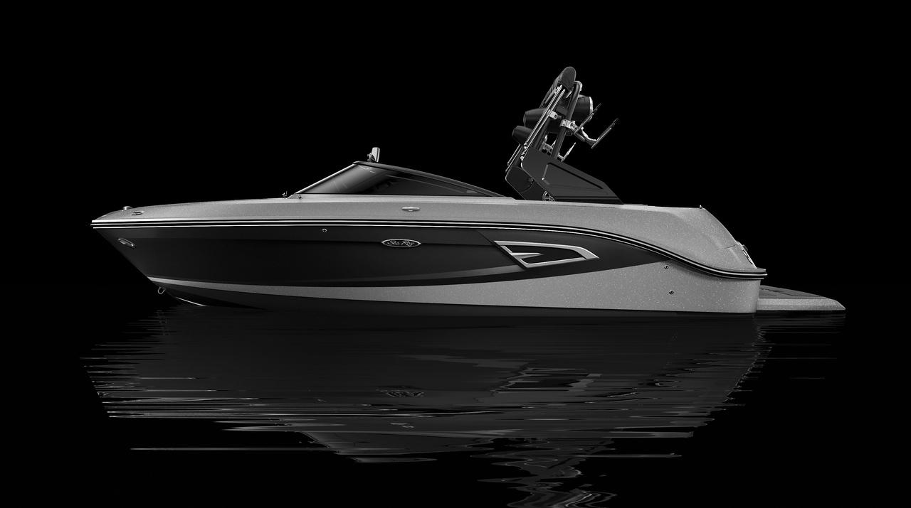 Black Hull Bottom, Silver Metallic Hull Side Aft, Black Hull Side Forward, Silver Metallic Deck Gel