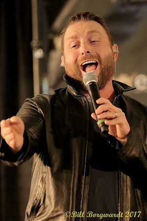 November 4, 2017 - Johnny Reid at West Edmonton Mall
