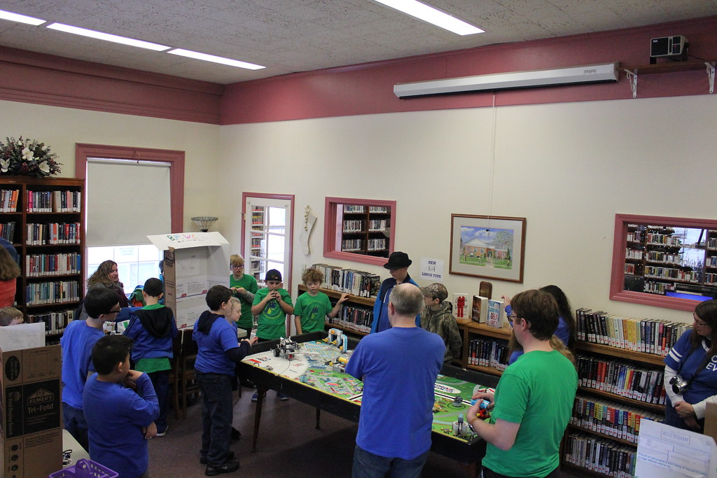 . Charles Pritchard - Oneida Daily Dispatch FIRST Lego Robotics teams compete at the Oneida Public Library during a scrimmage on Thursday, Dec. 28, 2017.