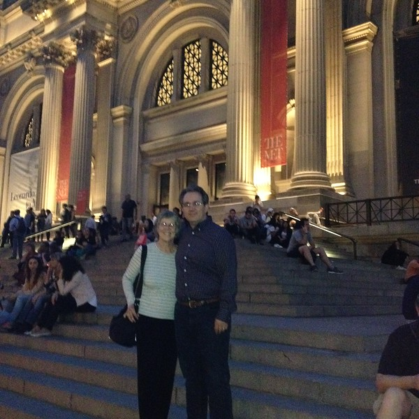 Kari Mohn and Paul Hanson in front of the Metropolitan Museum of Art.  Paul's college friend Amyn Merchant took the photo.