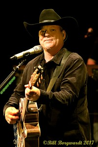 John Michael Montgomery at Festival Place 016