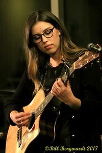Olivia Wik - Music Heals 123