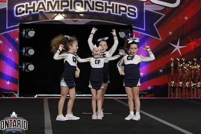 CheerForce WolfPack Mini Stunt 2