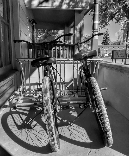 JudithBakerMontano_Wk42_UrbanBW_Bikes.jpg