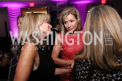 Emcee Doreen Gentzler. Photo by Tony Powell. 2017 A Vintage Affair. Watergate Hotel. April 29, 2017