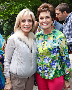 Andrea Mitchell, Maureen Orth. Photo by Tony Powell. 2017 Colombianos & Gringos. May 7, 2017