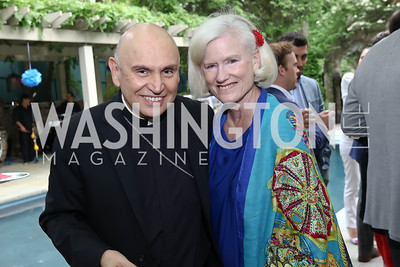 Bishop Mario Dorsonville, Caroline Croft. Photo by Tony Powell. 2017 Colombianos & Gringos. May 7, 2017