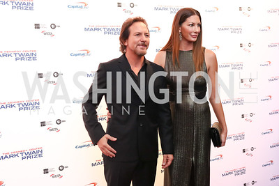 Eddie Vedder and Jill McCormick. Photo by Tony Powell. 2017 Mark Twain Prize. Kennedy Center. October 22, 2017