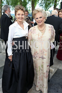 Antonia Gore, Jacqueline Badger Mars. Photo by Tony Powell. 2017 Opera Ball. Kennedy Center. June 3, 2017