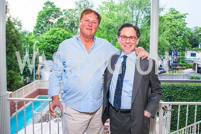 William Drozdiak, Sidney Blumenthal. Photo by Alfredo Flores. Book Party for Sidney Blumenthal 2017. Home of John and Christina Ritch. May 18, 2017