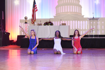 Redskins Cheerleaders Ashley M., Taryn & Katy L. November 11, 2017. DC's Dancing Stars Gala. Amanda Warden.