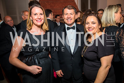 Susan Davis, Senator Mike Rounds, Margaret Talev. Photo by Alfredo Flores. Radio and Television Correspondents' Association Dinner. National Building Museum. October 25, 2017.