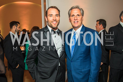 Scott Thuman, Congressman Kevin McCarthy. Photo by Alfredo Flores. Radio and Television Correspondents' Association Dinner. National Building Museum. October 25, 2017.