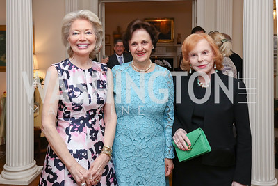 "Joan Carl, Sally Bedell Smith, Buffy Cafritz. Photo by Tony Powell. Sally Bedell Smith ""Prince Charles"" Book Party. Carl Residence. April 8, 2017"
