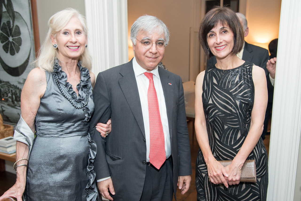 Willee Lewis, Ambassador Fareed Yasseen, Ambassador Dina Kawar, The Aladdin Project, to promotoe inter-cultural relations. Private Dinner to launch in DC. September 25, 2017.  Photo by Ben Droz.