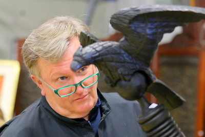 IMG_8957 judd gregory,,of dorset vt,,looking at carved eagle