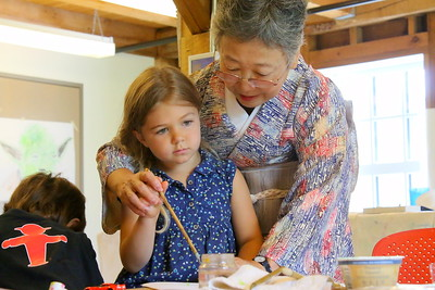 IMG_5291 anabelle park,5, of barnard learns from Kuniko Sano of kobe, japan