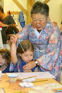 IMG_5251 kuniko Sano of Kobe, japan ,,helps anabelle park,5, of  barnard