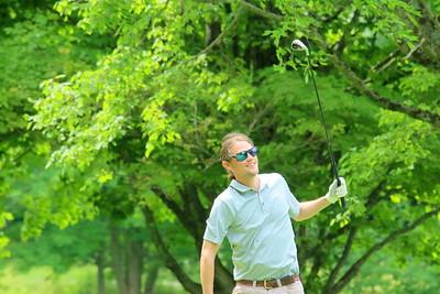 IMG_4399 devon wood, watching his shot