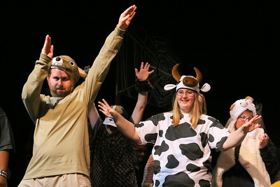 IMG_6192 patrick Green as Templeton the rat and jordyn eastman as a cow