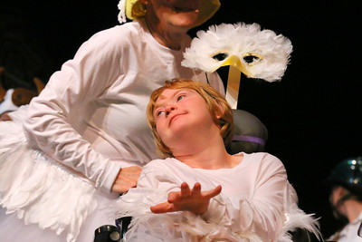 IMG_6188 Erin Norton as a Gosselin and her mom helen as Mother Goose