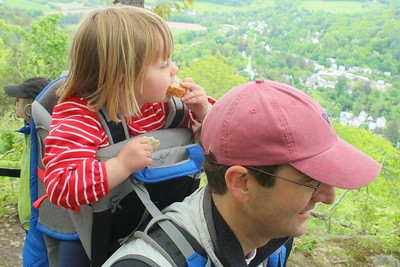 IMG_6822 Walker Ewing, 2, and her dad Jamie,,from boston,,at south peak