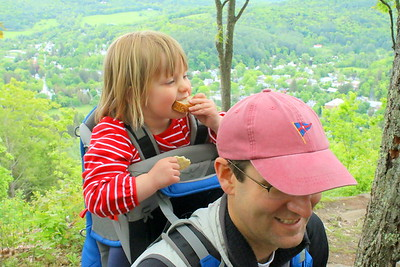 IMG_6828 walker ewing,2, and her dad Jamie,,from boston,,at south peak
